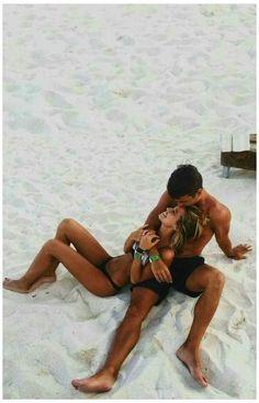 Couple Beach Pictures, Cute Couples Photos, Couples Images, Cute Couples Goals, Couple Photos, Couple Ideas, Perfect Couple Pictures, Beach Pics, Beach Love Couple