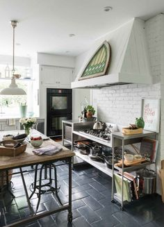 11 Small Kitchen With Table In Middle Ideas Home Decor
