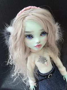 Ooak-Monster-High-Frankie-Doll-Repaint-By-Liuba-Small