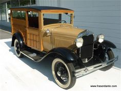 1930 Ford Woodie Wagon