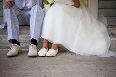 Charleston wedding – Alhambra Hall – seersucker and sweetgrass roses!