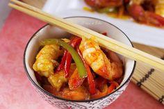 WOK DE LANGOSTINOS Y DE VERDURAS EN SALSA DE SOJA   El toque de Belén China Wok, Chicken Wings, Shrimp, Meat, Food, Yummy Yummy, Spanish Cuisine, Fast Recipes, 3 Ingredients