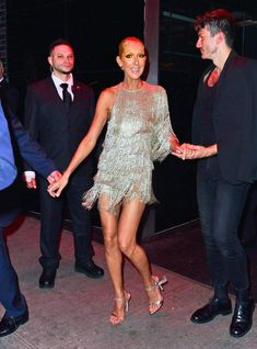 Celine Dion looked every inch the showgirl as she slipped into a silver fringed minidress to join a slew of stars at the Boom Boom Room Met Gala afterparty in New York on Monday. Celine Dion, Katy Perry, Burger Costume, 50 Shades Of Grey, Beautiful Person, Showgirls, Facon, Celebrity Dresses, Beautiful Celebrities