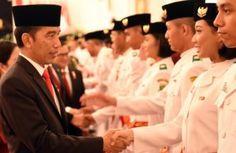Presiden Jokowi Kukuhkan Paskibraka HUT RI Ke-71 Tahun 2016