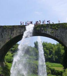 Kumamoto: Tsujun Bridge, aqueduct 熊本: 通潤橋 #japan #sightseeing
