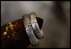 Matching wedding bands: Nature wedding rings - Silver wedding bands - Wedding bands - Rustic wedding band - His and hers bands -Rustic rings by AnniamAeDesigns on Etsy
