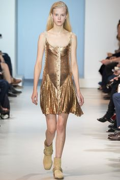 Paco Rabanne SS 16 - Spring Summer 2016 Trend; sequin (is still in people)