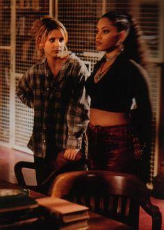 I'm Buffy cause I dress like trash Charisma Carpenter, Michelle Trachtenberg, Marc Blucas, Sarah Michelle Gellar, Alyson Hannigan, David Boreanaz, Buffy Summers, Liv Tyler, Fashion Tv