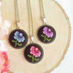 This Pin was discovered by Iğn Embroidery Jewelry, Beaded Embroidery, Cross Stitch Embroidery, Embroidery Patterns, Hand Embroidery, Mini Cross Stitch, Cross Stitch Borders, Cross Stitching, Cross Stitch Patterns