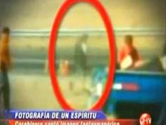 CHILE - Foto de acidente captura fantasma olhando para o seu próprio corpo no Chão!!