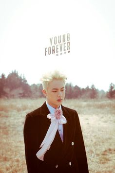 Young Forever Photoshoot BTS Lockscreens | Jin