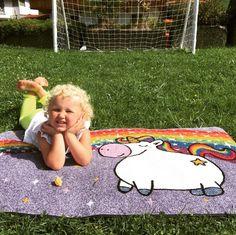 """Gefällt 51 Mal, 2 Kommentare - by Kleen-Tex (@wash_and_dry_floorfashion) auf Instagram: """"Die süße Emma verwendet unser Unicorn Rainbow 🦄 in der Größe 75/120cm mal eben als Outdoor…"""" Picnic Blanket, Outdoor Blanket, Family Affair, Kids Rugs, Instagram, Home Decor, Decoration Home, Kid Friendly Rugs, Room Decor"""