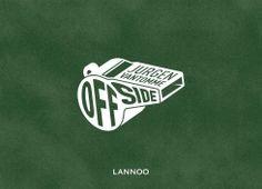 Offside, Belgian Football Fields - Jurgen Vantomme | Voetbalnostalgie, liefhebbersheroïek en Belgische surrealisme in een herkenbaar fotoboek.
