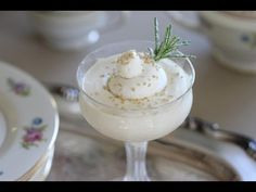 Beth's Easy White Chocolate Mousse Recipe-Easy Christmas Dessert Chocolate Yogurt, Chocolate Mousse Recipe, Chocolate Recipes, Key Lime Mousse, French Dessert Recipes, Christmas Desserts Easy, Refreshing Desserts, Sweet Recipes, Just Desserts