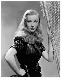 Veronica Lake Photos, Pictures, Gallery, Images - Celebrityfanweb.com
