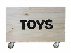Caixote Mold Madeira Pinus/ Preto organização Brinquedos Toy Chest, Storage Chest, Furniture, Home Decor, Toy Organization, Kids Wood, Vintage Crates, Tropical Prints, Solid Wood