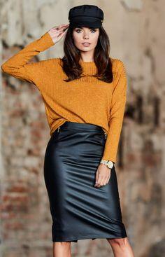 Awama Ołówkowa skórzana spódnica czarna A341 Work Casual, Leather Skirt, Clothes For Women, My Style, Skirts, Model, Outfits, Fashion, Outerwear Women