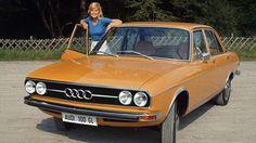 Девушки с ретро-рекламы автомобилей Audi