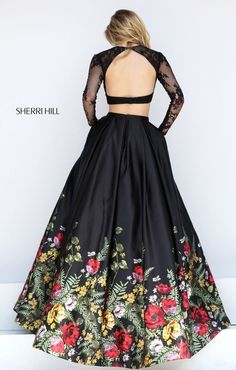 Shop prom dresses and long gowns for prom at Simply Dresses. Floor-length evening dresses, prom gowns, short prom dresses, and long formal dresses for prom. Indian Dresses, Indian Outfits, Pretty Dresses, Beautiful Dresses, Beautiful Things, Evening Dresses, Formal Dresses, Formal Prom, Prom Long