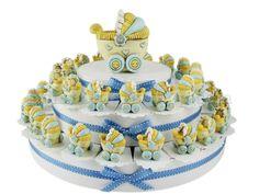 Torta bomboniera con 38 carrozzine celesti con confetti a scelta inclusi #tortabomboniera #carrozzina #bambino #ideabomboniera #nascita