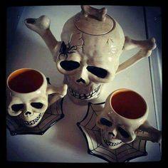 Darkladys Horror Halloween Page's photo. Skull Decor, Skull Art, Goth Home Decor, Gothic House, Gothic Mansion, Skull And Bones, Household Items, Tea Set, Tea Party