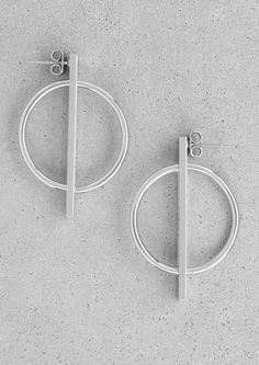 Split plate hoop earrings | Split plate hoop earrings | & Other Stories