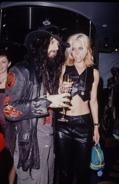 White Zombie Get premium, high resolution news photos at Getty Images Zombie Life, Zombie Art, Zombie Rules, Rob Zombie Film, Zombie News, Sherri Moon Zombie, Pretty People, Beautiful People, The Devil's Rejects