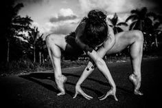 Artistic black and white yoga photography © Heather Bonker.jpg