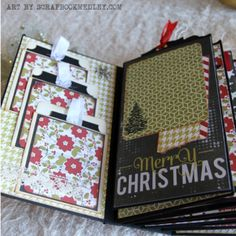 Christmas-Mini-Album- - by Alana, based on My Sisters Scrapper tutorial for Vertical Paper Bag Mini. Christmas Mini Albums, Christmas Scrapbook, Christmas Minis, Christmas Paper, December Daily, Mini Scrapbook Albums, Scrapbook Paper Crafts, Scrapbook Pages, Paper Bag Books