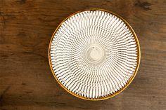 """小鹿田焼、、惹かれる。。。 An Onta-Yaki plate, decorated with """"tobi-kanna"""" technique."""