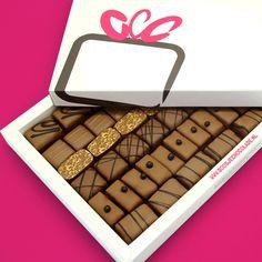 Bonbons Notenmix • Melk Middel | Zin in iets anders dan dan de traditionele caramelvulling? Dit doosje is gevuld met meesterwerkjes van chocolade met verschillende noten | doosjechocolade.nl