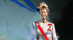 Queen Sonja of Norway by Håkon Gullvåg. My favorite royal portrait Hakone, Elizabeth Ii, King Queen, Heroines, Norway, Queens, My Favorite Things, Portrait, Painting