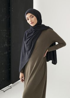 Modest Fashion for Modern Women by Inayah Muslim Women Fashion, Arab Fashion, Islamic Fashion, Hijab Style, Hijab Chic, Hijab Casual, Modest Outfits, Modest Fashion, Fashion Outfits