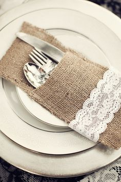 Burlap silverware pockets