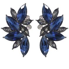 Blue Rhinestone Flower Shape Stud Earrings ❤ liked on Polyvore featuring jewelry, earrings, brincos, blue, flower earrings, flower jewelry, blue earrings, flower jewellery and blossom jewelry