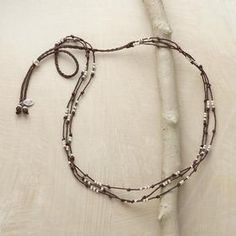 THREE-BEAD LINEN NECKLACE:  Love the closure idea.  From this view you can see how it's integrated into the entire design. **No link to tutorial; visual instruction/inspiration only.**