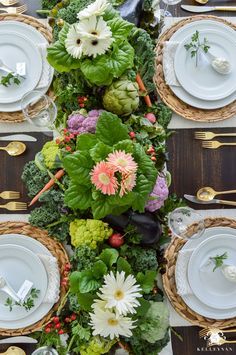 21 Beautiful Easter Table Settings-Kelley Nan-Vegetable Easter Table with lettuce and veggie centerpiece Rocking Chair Front Porch, Planners, Deco Champetre, Easter Table Settings, Beautiful Table Settings, Spring Home Decor, Blog Deco, Deco Table, Decoration Table