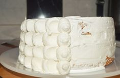 Tort cu frisca, ananas si caramel - Rețete Papa Bun Caramel, Dairy, Sweets, Cheese, Healthy, Cake, Desserts, Food, Decor