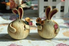 Garlic fat rabbit, two new pieces creative household decoration handicrafts, European type resin decoration furnishing articles!