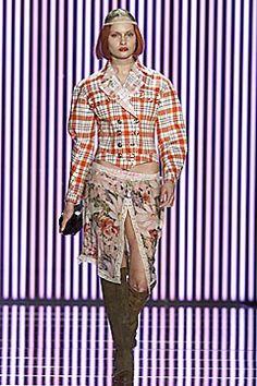 John Galliano Fall 2001 Ready-to-Wear Fashion Show - John Galliano