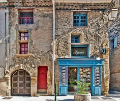 Double Facade in Lourmarin France Visit France, South Of France, Arched Windows, Windows And Doors, Provence France, Paris France, Tiny House Exterior, European Destination, Abandoned Places