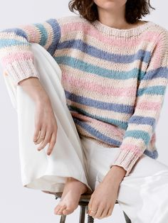 Kostenlose Anleitung: Streifenpullover in Pastell - Initiative Handarbeit - Ivánné Drozd Lace Knitting, Knitting Patterns, Knit Crochet, Crochet Patterns, Poncho Pullover, Baby Pullover, Simple Outfits For School, Ribbon Yarn, Sweater Making
