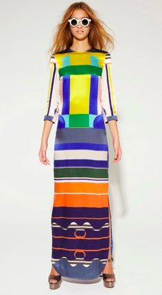 Strong colours and graphic print on this Mungo dress Fashion Fabric, Fashion Textiles, Street Outfit, Colorful Fashion, Beautiful Outfits, Editorial Fashion, Bodycon Dress, Dresses For Work, Street Style