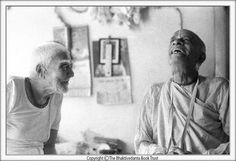 Hare Krishna, Srila Prabhupada, Divine Grace, Krishna Images, Spiritual Life, Spirituality, Album, Activities, Laughing