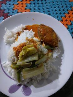 03/04 - Late dinner... Ikan tenggiri masak kuali n fried veg...