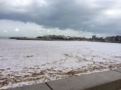 La nieve cubre de blanco Gijón, Playa de Poniente, Gijón. 06/02/2015 Beach, Outdoor, Leaving Home, Oviedo, Snow, Cities, Going Out, Friday, Outdoors