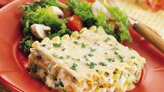 Recette végétarienne lasagne aux légumes avec Thermomix Ingrédients (4 personnes) – 50 g de gruyère – 120 g d'oignon, coupé en deux – 180 g de carotte, coupée en tronçons – 200 g de blancs de poireau, coupés en tronçons – 150 g de céleri-rave, détaillé en cubes – 130 g de courgette, coupée en …