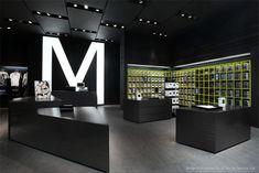 Black and white retail design                                                                                                                                                                                 More