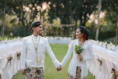 Natural Rustic Themed Wedding At Hyatt Regency Yogyakarta - Javanese wedding