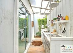 Backyard Dining Ideas Inspiration Ideas For 2019 Outdoor Laundry Rooms, Diy Outdoor Kitchen, Small Backyard Patio, Backyard Kitchen, Backyard Landscaping, Dirty Kitchen Design, Kitchen Small, Dirty Kitchen Ideas, Kitchen Modern